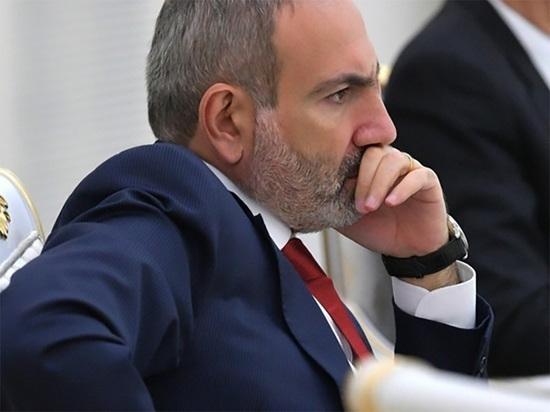Пашинян заявил, что Россия вмешается в случае посягательства на Армению