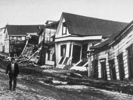 В районе ранее разрушенной чилийской Вальдивии произошло мощное землетрясение