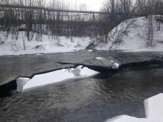 «Якутуголь» снова загрязнил реку в Нерюнгринском районе Якутии