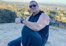 Российский бодибилдер и актер Александр Невский давно живет в Лос-Анджелесе, но собирается отметить наступление нового года по-русски