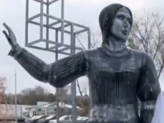 Жириновский признался в любви к девушкам с внешностью нововоронежской Аленки