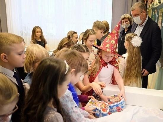 Губернатор Кировской области Васильев поведет детей в музей
