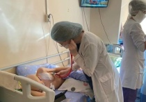 Челябинские медики провели первую операцию по переливанию стволовых клеток онкобольному ребенку