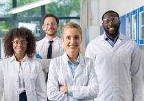 Прежде всего, экспертный совет научного журнала Science  отметил создание вакцины от коронавирусной инфекции