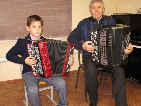 Юный баянист из Пичаева стал лауреатом международного конкурса искусств «Радуга талантов»