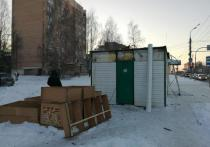 В Ижевске снесли ларек, торгующий алкоголем на Воткинском шоссе