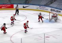 Сборная России по хоккею разгромила австрийцев, но потеряла снайпера