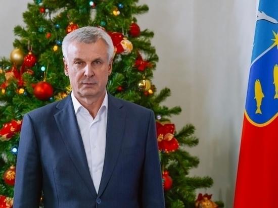 Губернатор Магаданской области поздравил колымчан с наступающим 2021 годом