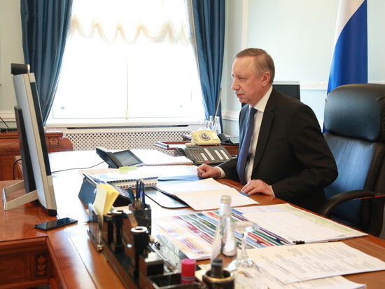 Губернатор Беглов поздравил горожан и «объединил усилия» с Ленобластью