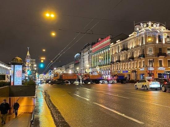 Смольный сделал Невский проспект пешеходным в новогоднюю ночь