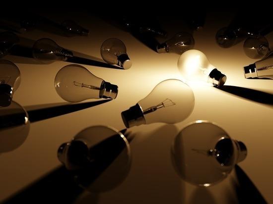 В Кирове  с 4 по 11 января по спискам отключат свет в домах