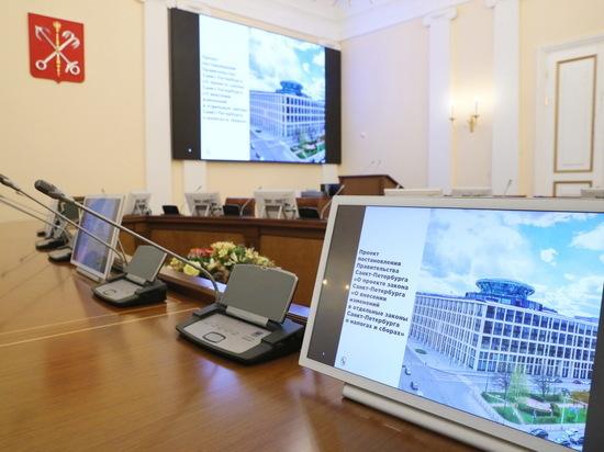 Выплаты и пособия увеличились в Петербурге с нового года