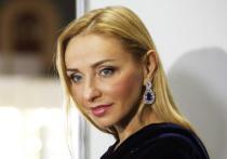 Навка показала фото с Рудковской в день рождения продюсера