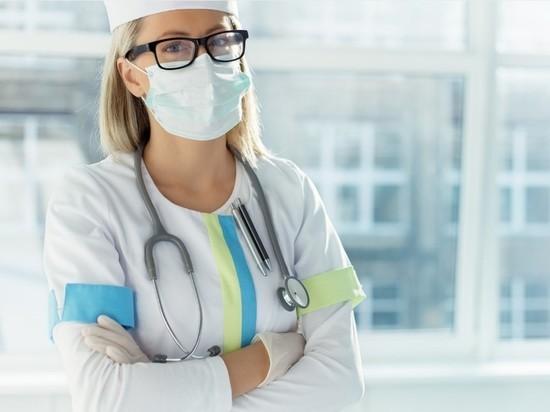 Смольный разочарован: всего 6 тысяч человек привились от коронавируса