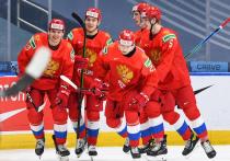 В ночь с 4 на 5 января  в хоккейном дворце «Роджерс Плейс» в канадском Эдмонтоне в  полуфинальном матче молодежного чемпионата мира по хоккею (до 20 лет) сборная Канады разгромила команду России со счетом 5:0. «МК-Спорт» предлагает прямую видеотрансляцию матча, предоставленную Первым каналом.