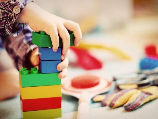 Германия: Детские сады пока не откроют