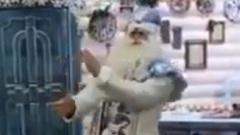 В Костромской области есть Дед Мороз который читает рэп