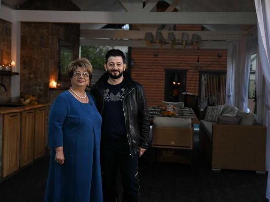 Семья Галустян увезла на дачу крымский камень