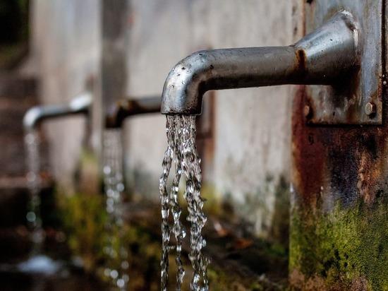 В томский поселок Спутник подали чистую воду после жалоб жителей