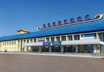 На сайте правительства Республики Бурятии опубликовано постановление, предписывающее пассажирам, прилетающим из четырех городов России сдавать тест на коронавирус