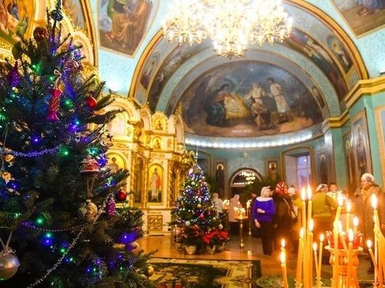 Волгоградцы приняли участие в Рождественском флешмобе
