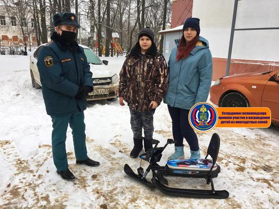 В Ивановской области детям из многодетных семей вручают подарки за участие в конкурсах