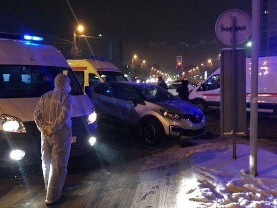 В Челябинске в ДТП со скорой помощью пострадала фельдшер