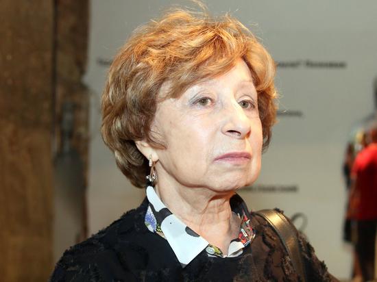 Лия Ахеджакова опровергла информацию о своей госпитализации