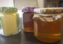 Мы с детства знаем о том, что при простудных заболеваниях самым первым лекарством является мёд