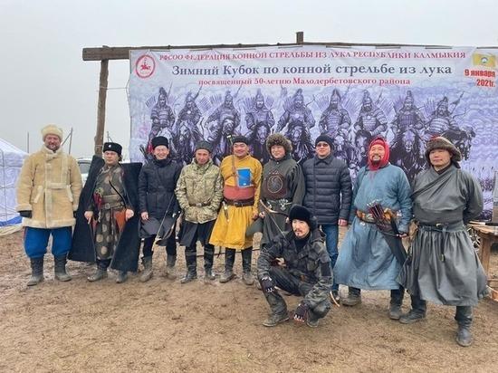 В Калмыкии назван победитель турнира по стрельбе из лука на скаку