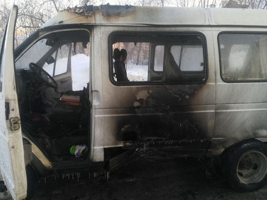Два автомобиля сгорели в Ивановской области за один день