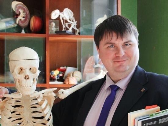Экс директор ивановской школы предстал перед судом за развратные действия с детьми