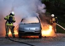 По мнению специалистов, вероятность автопожаров значительно повышается в период морозов, а именно такая погода установилась в Кузбассе с конца декабря