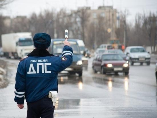 В Волгограде водитель внедорожника сбил девушку, а затем скрылся