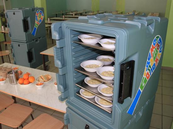 Глава Башкирии прорекламировал мясо для школьных столовых бизнесмена из Иглино
