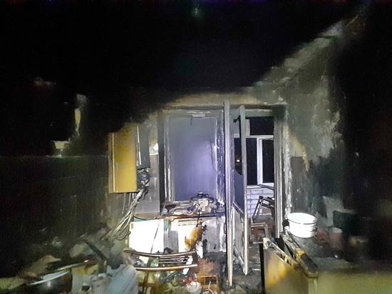Холодильник в квартире смолянина вместо того, чтобы морозить, решил загореться