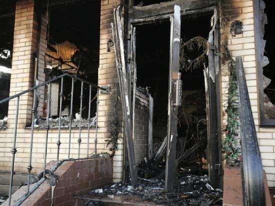 Жильцов пятиэтажки в Волжском эвакуировали из-за пожара