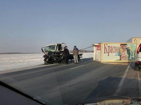 Два человека погибли в ДТП на трассе Тюмень-Омск