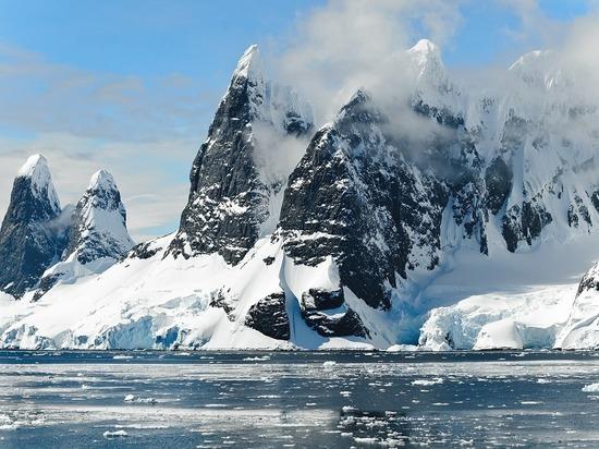 Австралия хочет построить аэропорт в Антарктиде