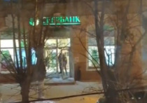 В Бурятии подростки «тусуются» в отделениях банкоматов вместо торговых центров