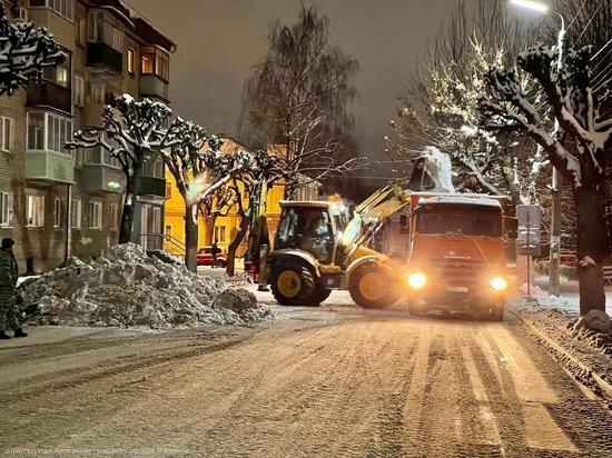 Ночью снег с улиц Рязани убирали более 50 машин