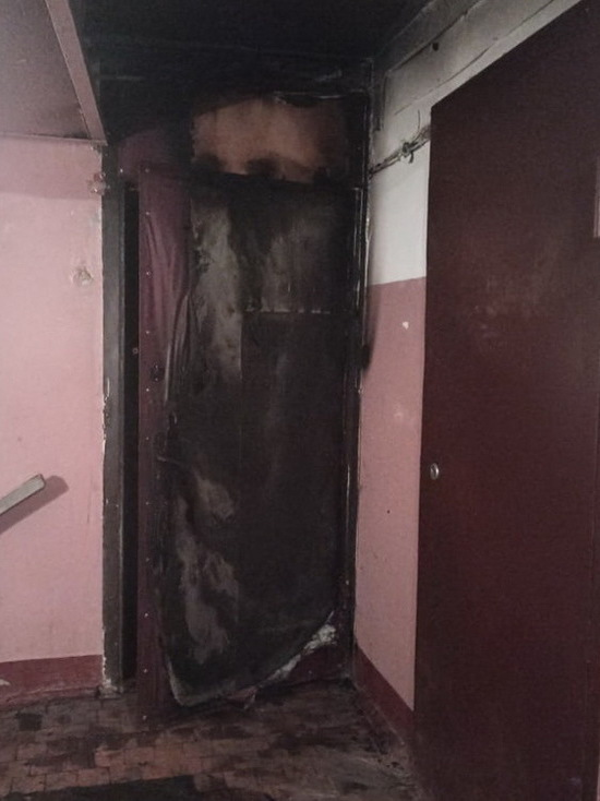 Ярцевкие пожарные тушили дверь и постельные принадлежности в разных концах города