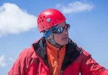 В беседе с журналистом «МК на Алтае» альпинист рассказал о своем увлечении, которое стало делом всей жизни, о том, как встретил Новый год в горах, влиянии коронавируса на туротрасль и многом другом