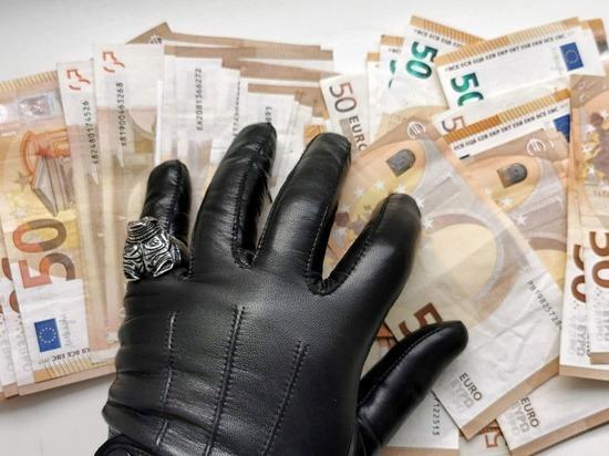 Германия: Мошенник обратился за финансовой помощью 91 раз на сумму 2,5 млн евро