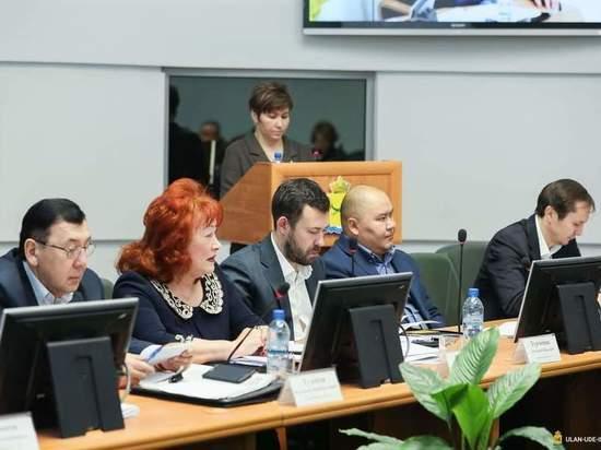 Депутатов Улан-Удэ предостерегли от оскорбительных выражений