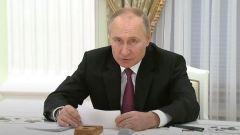 Алиев и Пашинян слушали Путина с каменными лицами: видео переговоров