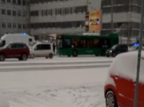 Драка в челябинском автобусе закончилась для пассажира больничной койкой