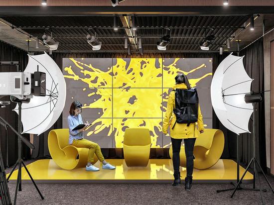 На Ямале резидентам первого творческого пространства раздадут деньги на стартапы