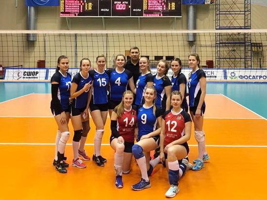 Волейболистки Ивановской области «делают» соперниц