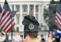 Трамп на скамье подсудимых: готов ли президент отбиться от обвинений